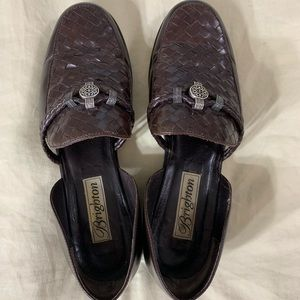 Beautiful Brighton brown leather loafers 9.5M